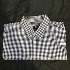 White black xl button up collared t shirt h&m
